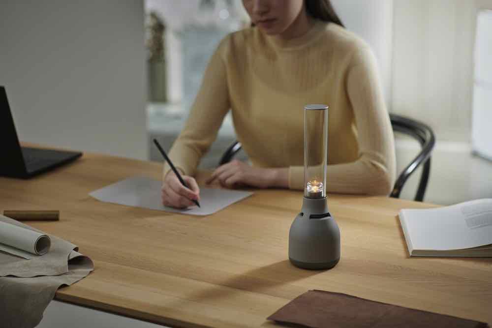 新一代 Sony LSPX-S3 無線玻璃揚聲器 與室內環境融合之聲