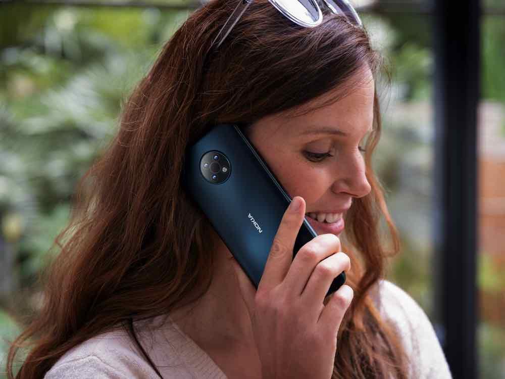 Nokia G50 lifestyle 03